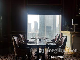 Foto 12 - Interior di Alto Restaurant & Bar - Four Seasons oleh Ladyonaf @placetogoandeat