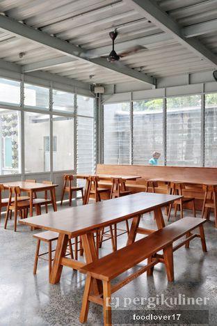 Foto 8 - Interior di Warung Nako oleh Sillyoldbear.id