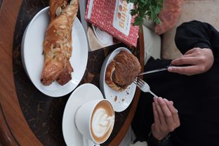 Foto 8 - Makanan di Olive Tree House of Croissants oleh Della Ayu