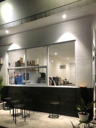 Foto 1 - Interior di Signal Coffee oleh Prido ZH