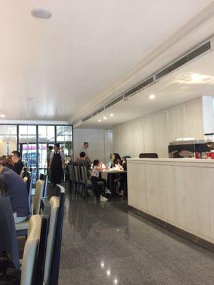Foto 9 - Interior di Cafe Gratify oleh Yohanacandra (@kulinerkapandiet)