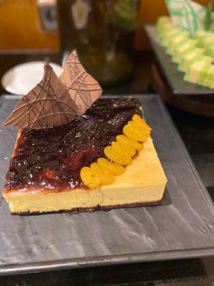 Foto review Pelangi Cafe - Ambhara Hotel oleh Yohanacandra (@kulinerkapandiet) 12