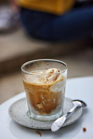 Foto 1 - Makanan(Tiramisu Float) di Dua Coffee oleh Fadhlur Rohman