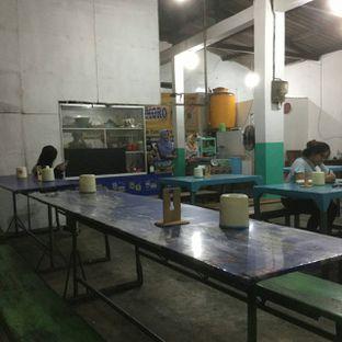 Foto 3 - Interior di Seafood Artomoro Pak Kumis oleh Nisanis