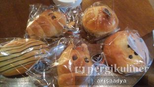 Foto 9 - Makanan di Daily Bread Bakery Cafe oleh Anisa Adya