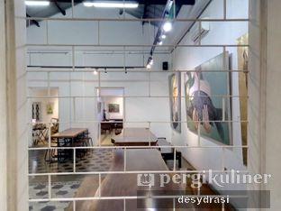 Foto 5 - Interior di Lumiere Bistro & Art Gallery oleh Desy Mustika