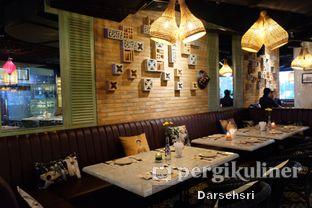 Foto 17 - Interior di Co'm Ngon oleh Darsehsri Handayani