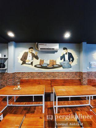 Foto 4 - Interior di Tuxedo Coffee oleh Saepul Hidayat