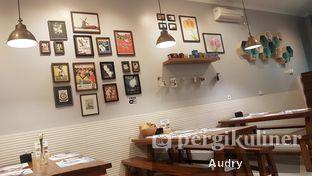 Foto 5 - Interior di Tulp oleh Audry Arifin @makanbarengodri
