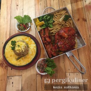 Foto 1 - Makanan di Fishology oleh Kezia Nathania