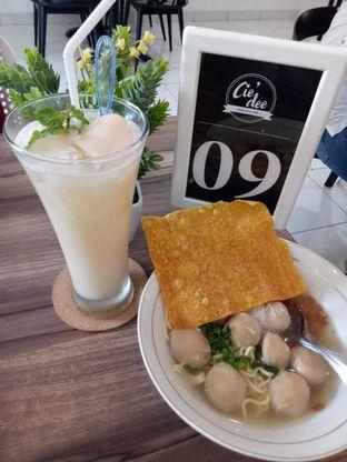 Foto 1 - Makanan(Baso + leci yakult) di Cie' Dee Kedai Es & Kopi oleh Lina_jawmoms