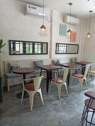 Foto 9 - Interior di Jonbon's Coffee & Eatery oleh Junior
