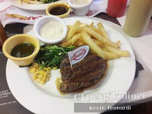 Foto 2 - Makanan di Holycow! STEAKHOUSE by Chef Afit oleh Kevin Leonardi @makancengli