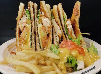 6 Tempat Makan Murah di Jakarta dengan Menu Masakan Barat Paling Favorit