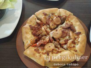 Foto 2 - Makanan di Pizza Hut oleh Debora Setopo