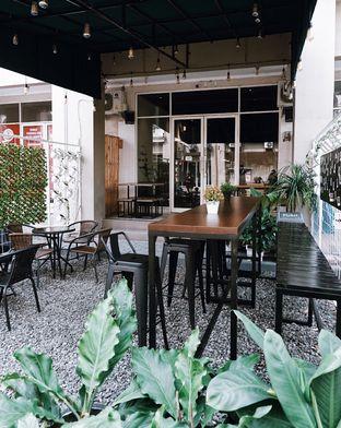 Foto 10 - Eksterior di Yard Coffee oleh Della Ayu