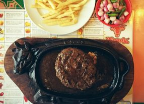 7 Steak Enak di Jakarta Pusat yang Harus Banget Kamu Coba