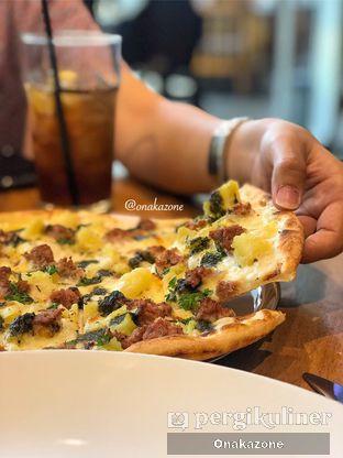 Foto - Makanan di Pizza Marzano oleh Onaka Zone