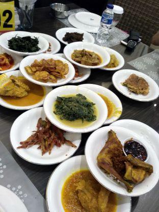 Foto 1 - Makanan di RM Pangeran Khas Minang oleh Stella Griensiria
