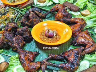Foto 1 - Makanan di Ayam Bakar Boemboe Legenda oleh Love2EatCouple