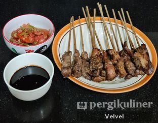 Foto 1 - Makanan(Sate Maranggi Sapi & Ayam) di Sate Maranggi Haji Yetty oleh Velvel