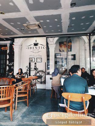Foto 2 - Interior di Identic Coffee oleh Saepul Hidayat