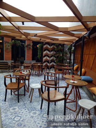 Foto 5 - Interior di Saka Bistro & Bar oleh @NonikJajan