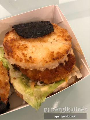 Foto 2 - Makanan di Kojima Burger & Coffee oleh Cubi