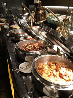 Foto 11 - Makanan di The Cafe - Hotel Mulia oleh Freddy Wijaya