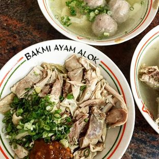 Foto - Makanan di Bakmi Ayam Alok oleh grignothe
