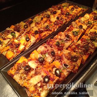 Foto 17 - Makanan di Catappa Restaurant - Hotel Grand Mercure Kemayoran oleh @NonikJajan