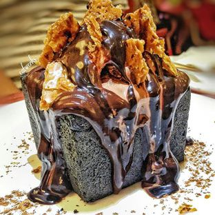 Foto - Makanan(Chocolate Overload) di Beatrice Quarters oleh eatwerks