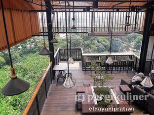 Foto 7 - Interior di Beranda Depok Cafe & Resto oleh eldayani pratiwi