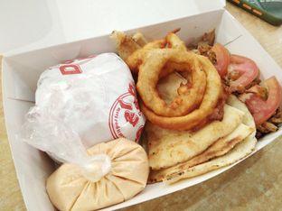Foto - Makanan di Doner Kebab oleh ochy  safira