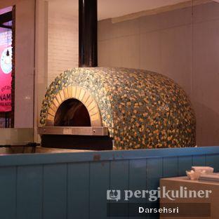 Foto 4 - Interior di Iceberg Pizza & Gelato oleh Darsehsri Handayani