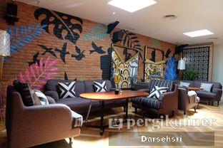 Foto 11 - Interior di Adamar Asian Bistro oleh Darsehsri Handayani