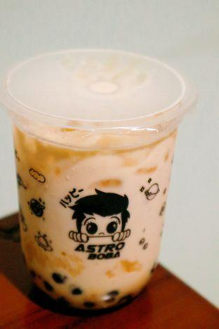 Foto 2 - Makanan di Astro Boba oleh thehandsofcuisine