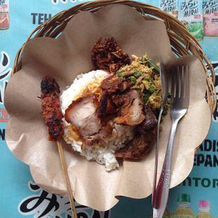 Foto 1 - Makanan di Warung Ibu I Gusti Ayu Taman oleh Hanna Yulia