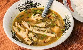 Soto Ayam Ceker Pak Ali