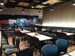 Foto 6 - Interior di Steak Moen - Moen oleh David