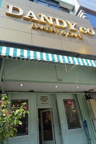 Foto 1 - Eksterior di Dandy Co Bakery & Cafe oleh iminggie