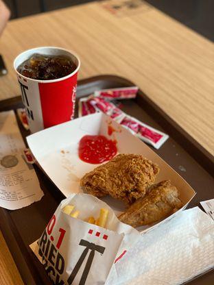 Foto 5 - Makanan di KFC oleh Riani Rin