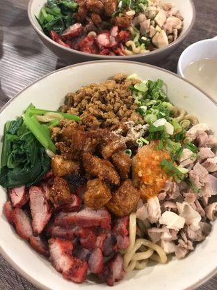 Foto 3 - Makanan di Bakmi Karet Asiu oleh Deasy Lim