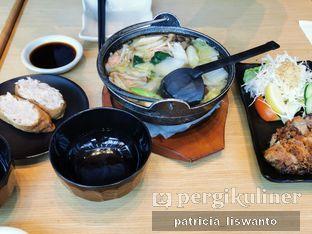 Foto - Makanan(Inari & salmon belly mishoshiru & chicken komiage) di Sushi Tei oleh Patsyy