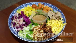 Foto 6 - Makanan di The Betawi Salad oleh UrsAndNic