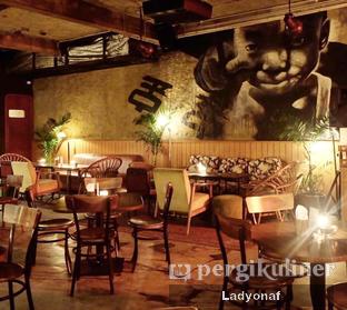 Foto 10 - Interior di Pao Pao Liquor Bar & Dim Sum oleh Ladyonaf @placetogoandeat