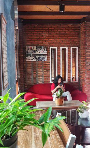 Foto 5 - Interior di Jiwan Coffee & Things oleh Gembuli Tan