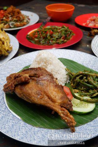 Foto 8 - Makanan(Bebek Garing Smarapura) di Smarapura oleh Shella Anastasia