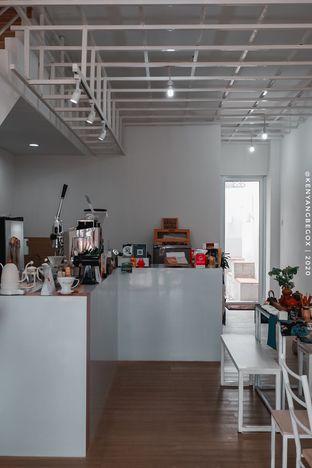 Foto 8 - Interior di Those Between Tea & Coffee oleh vionna novani