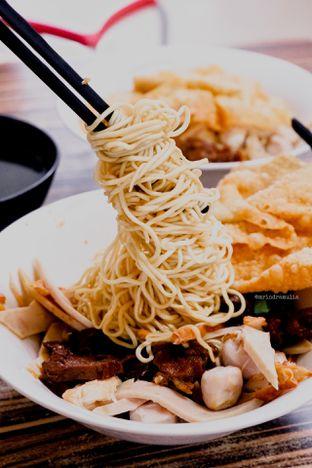 Foto 2 - Makanan di Bakmi Kepiting Ayau 78E oleh Indra Mulia